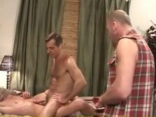 Baraback 3some Big tits and dick pics