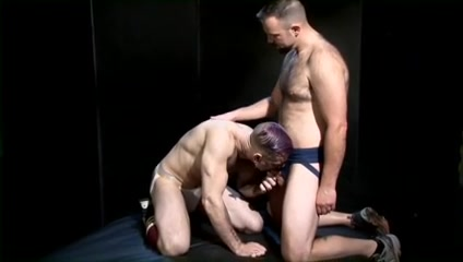 Raw Muscle2 Wet Butt Fucking