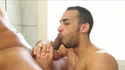 Morning fuck in bathroom. Big fat ladies pussy