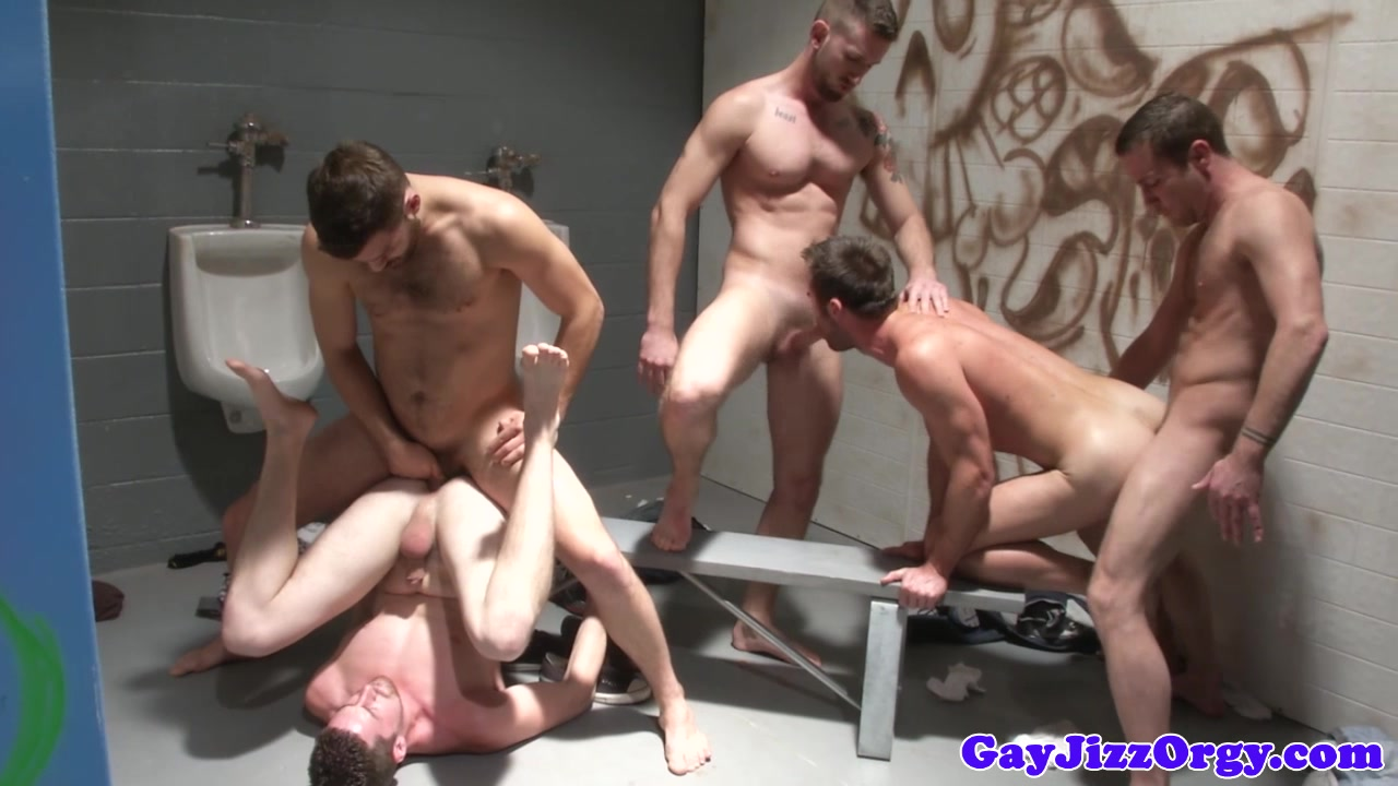Andrew Stark and friends have an orgy Rogue Adventure0