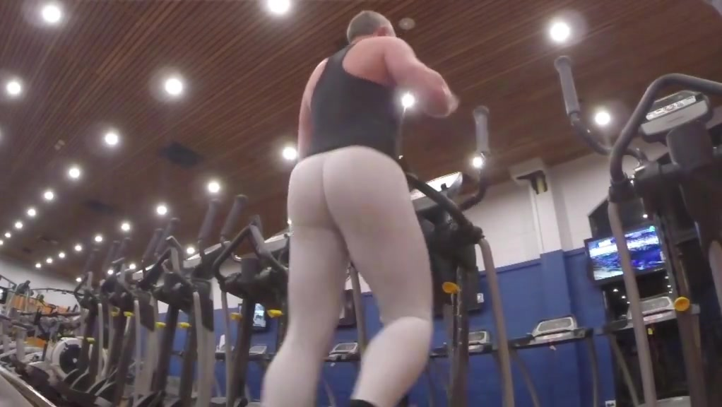 Elliptical machine Girls in leggings fucking