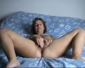 French milf strip and masturbe solo girls and girls haveing sex