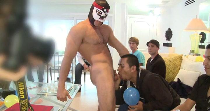 Boy sucking stripper at party A Rap Sex Buti