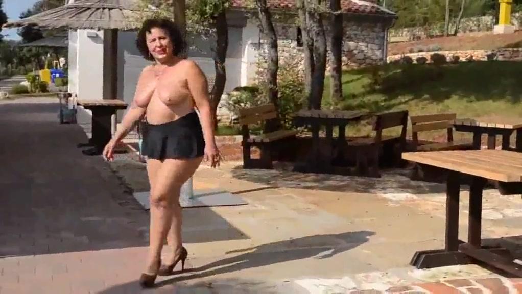 Big ass hd videos milfs 2 Brunette babe got cum on her pussy hole