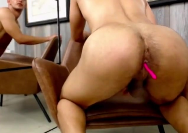Hunk with a bubble ass gia lashay photos porno