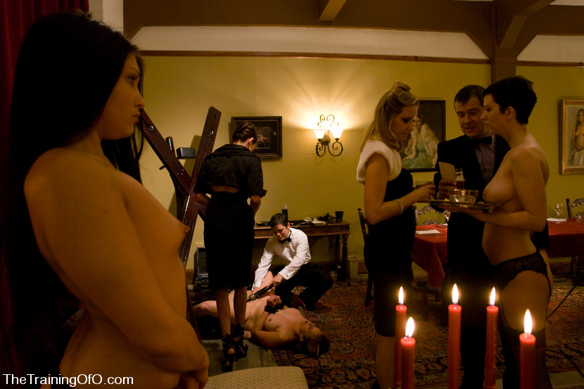 Maestro  Satine Phoenix  Cherry Torn  Bella Rossi Williams  Nina No in Classic Shootthe First Supper, Part One - TheUpperFloor