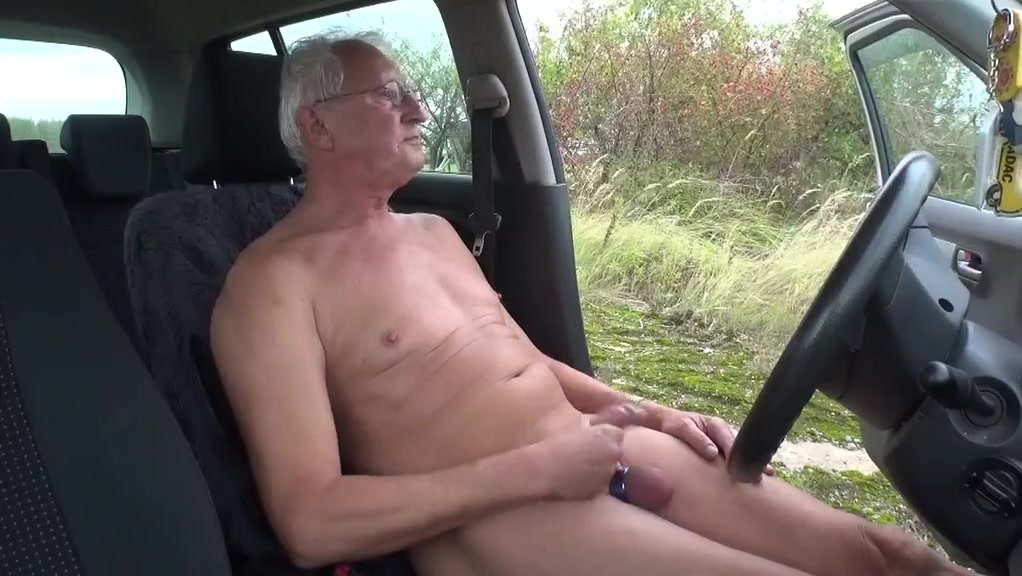Auf dem parkplatz Nude milf with long nipples fucks huge white dick