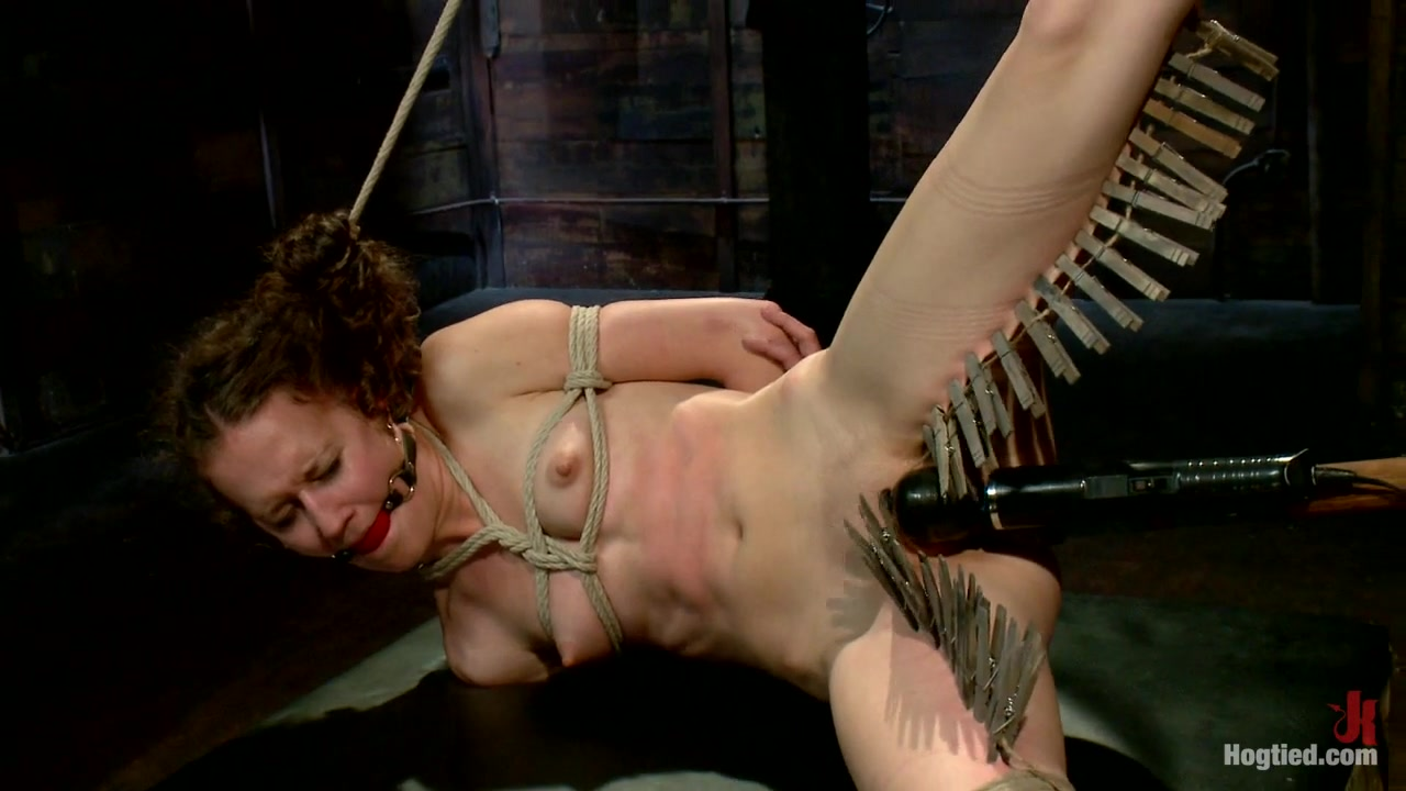 Bonnie Day in Cute Red-Head Tests Her Masochistic Tendencies With Jp The Pope - HogTied crack head blowjob thumbs