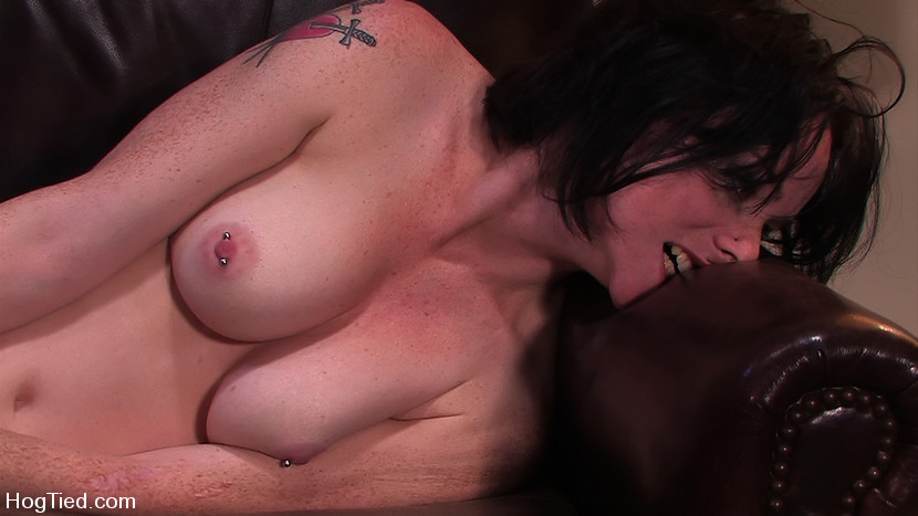 Scarlet Faux in Amateur Casting Couch 16: Scarlett Fox Snatched Up - HogTied