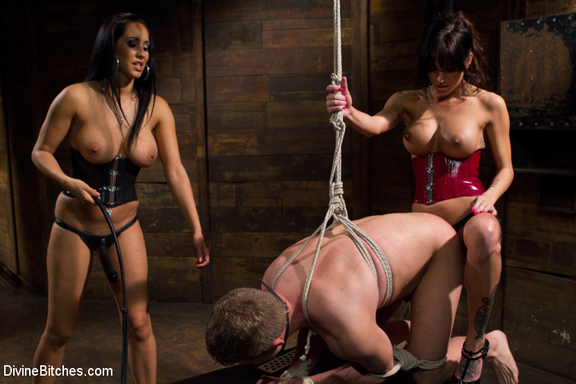 Госпожа обменяет продаст купит раба аукцион бдсм