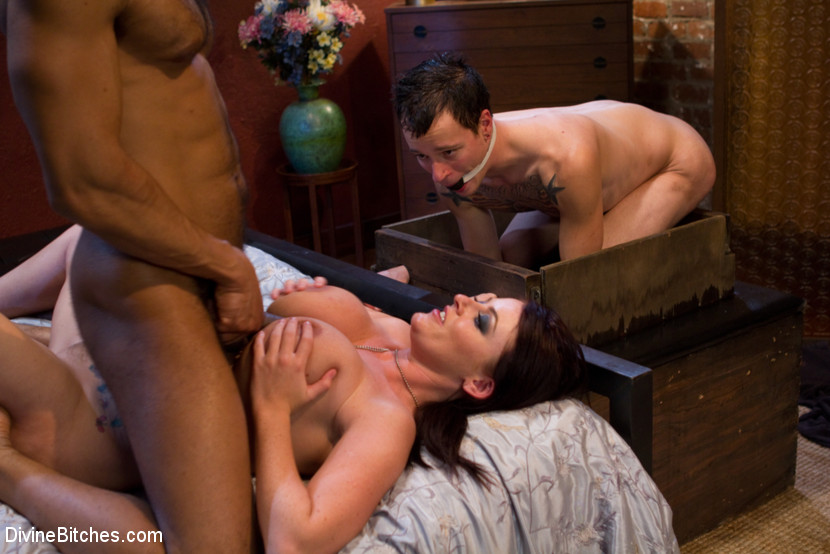 Bobby Bends  Jessie Sparkles  Sophie Dee  Ramon Soares  Mickey Mod in Eat Your Way Through His Cum To Your Chastity Key, Cuck - DivineBitches