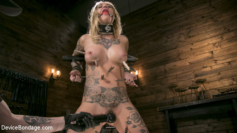 The Pope Kleio Valentien in Blonde Submissive Bombshell Kleio Valentien Gets Punished And Pleasured In Strict Bondage - DeviceBondage Ebony pinky squirt