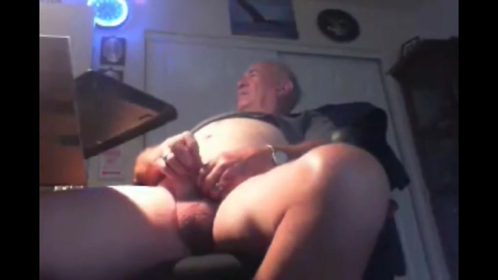 Grandpa stroke on webcam 11 Super hairy pussy spread