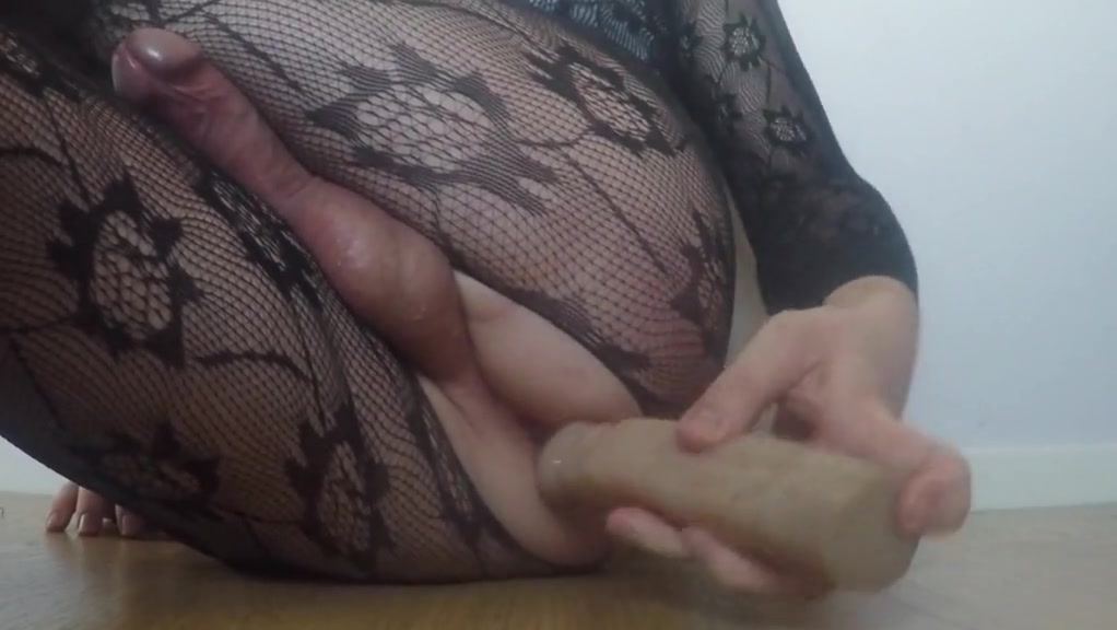 Kelly toys and solo fisting huge cumshot A real sex extra
