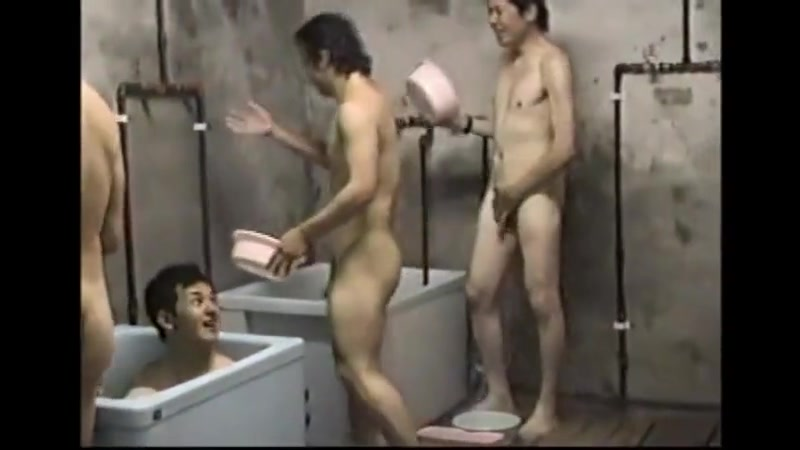 Mwn japanese baths Les takes dildo asshole