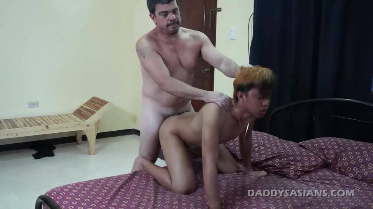 Daddy Fucks Cyruz Bareback Sexy very hot porn