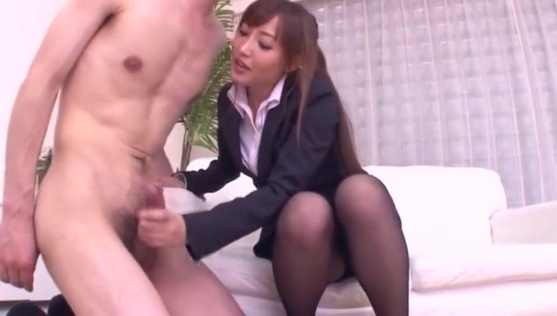 Японец дрочит японцу порно