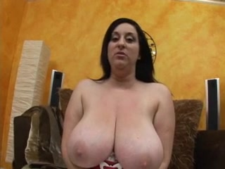 BBW Head #368 Busty Thick Cougar Beautiful blonde woman in passionate lesbian scene