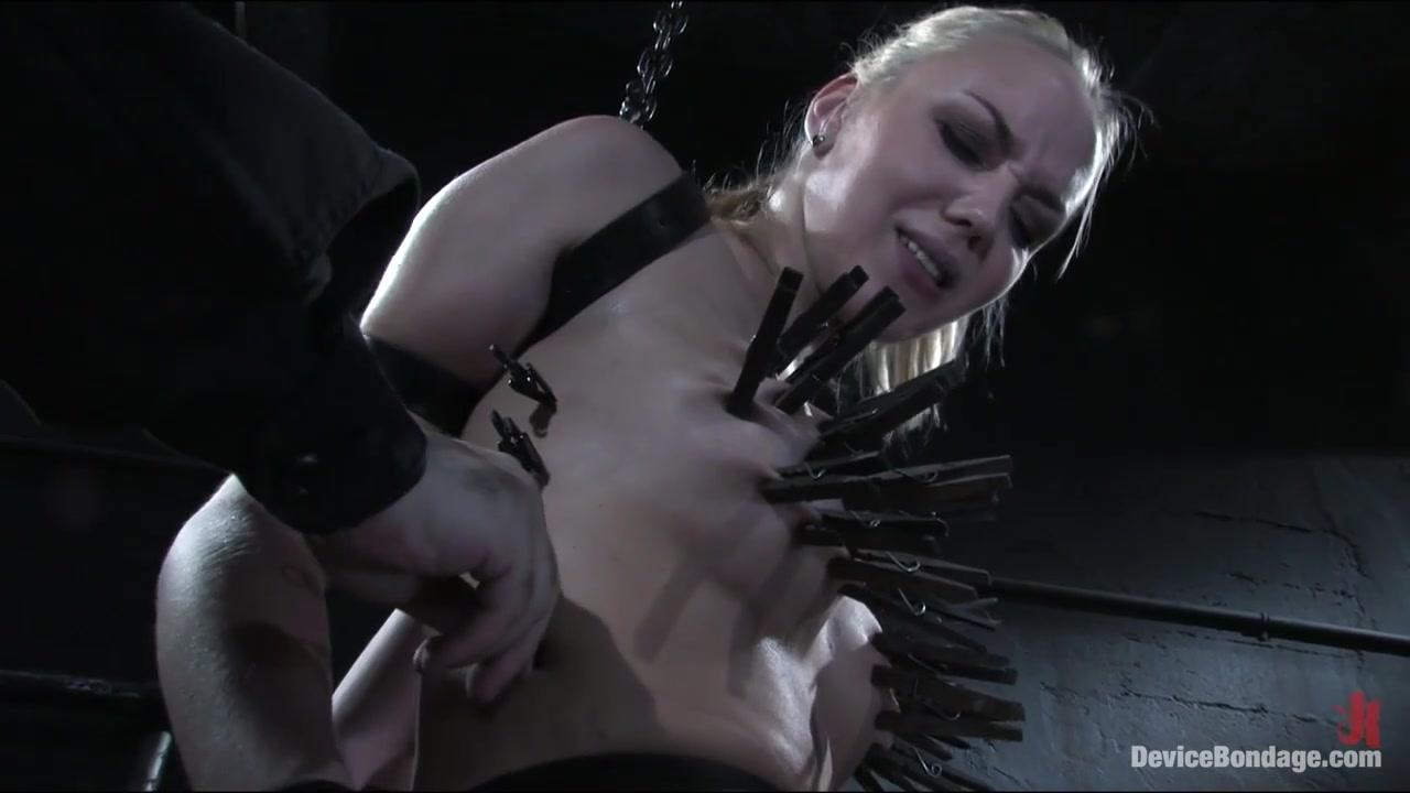 Annette Schwarz in Amazonas - DeviceBondage naked spanish babes