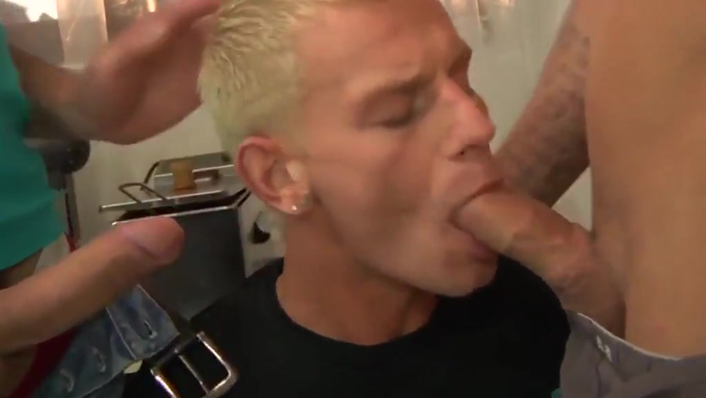 Kitchen foursome bareback Extreme fenale squirting orgasms