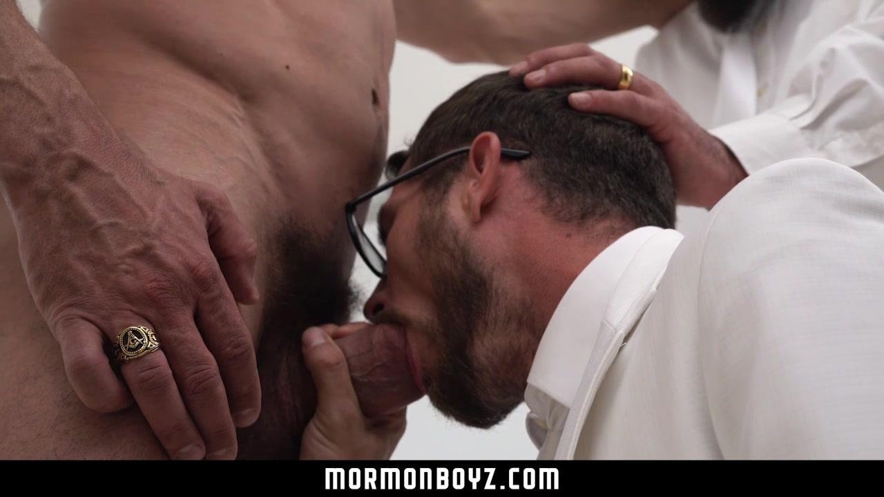 MormonBoyz - Two bearded daddies double fuck a horny Mormon Lds singles canada