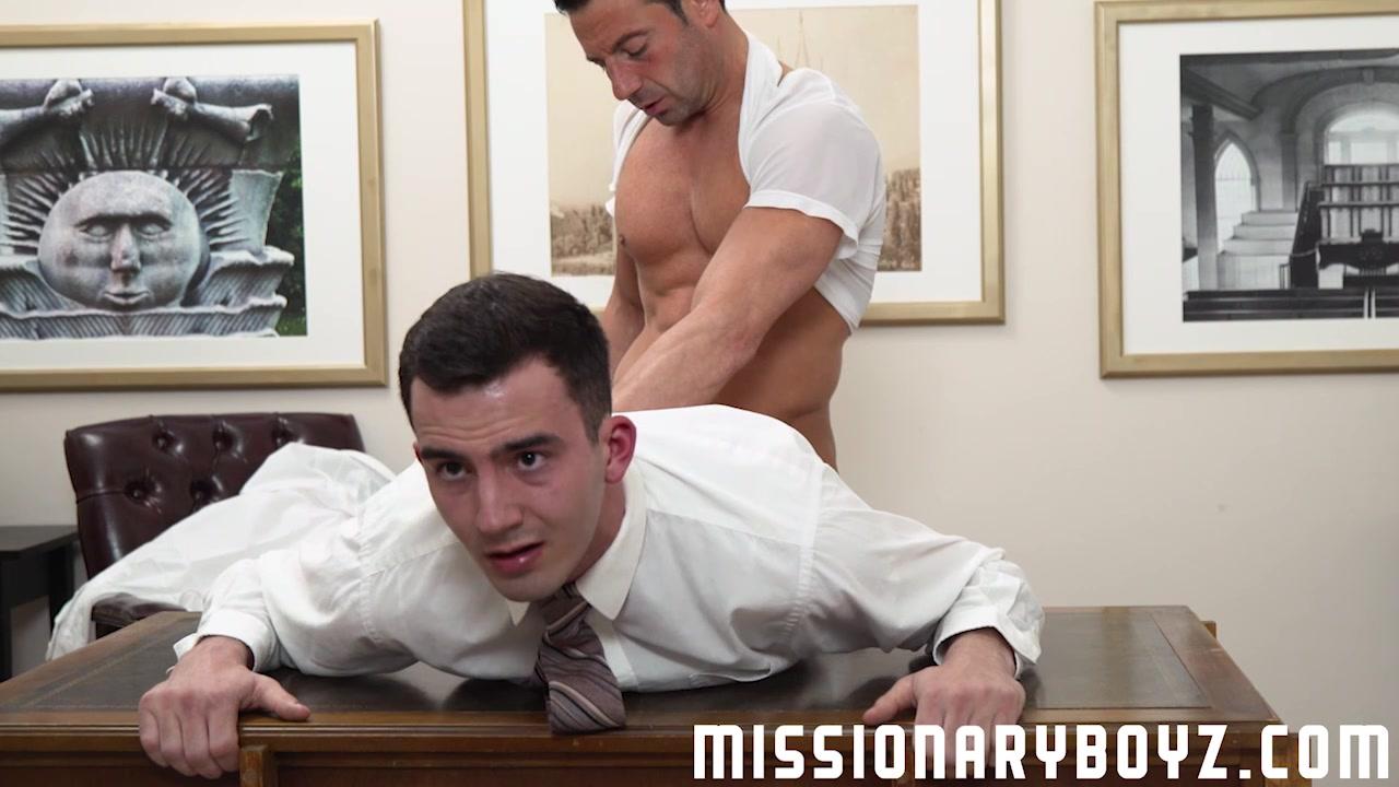 MormonBoyz - Monster cock raw for straight Mormon boy fat hot chicks having sex