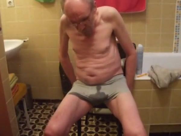 Hosenpisser-mix 5 Free tender mature guy cock pics