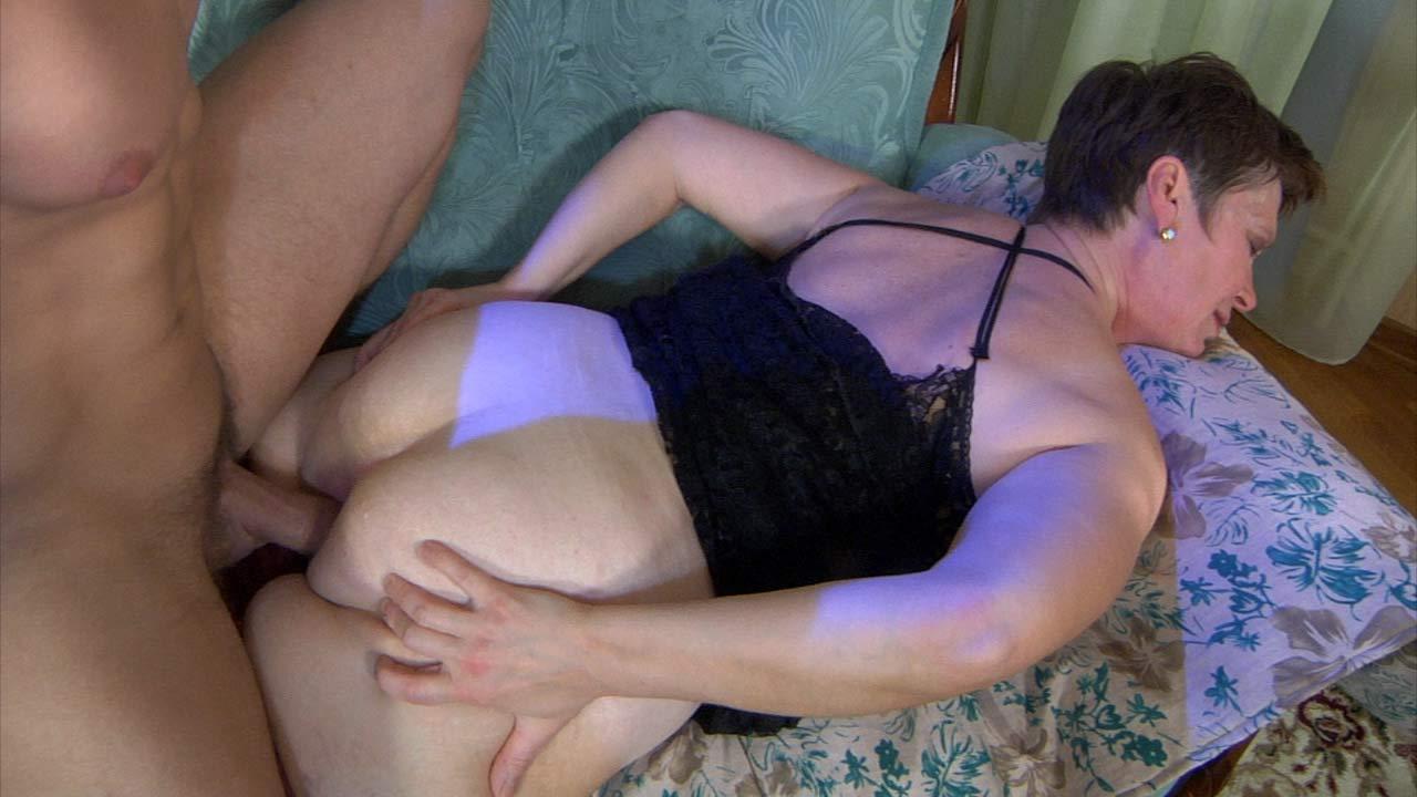 Пожилая просит мужа трахнуть в анал русское — photo 15