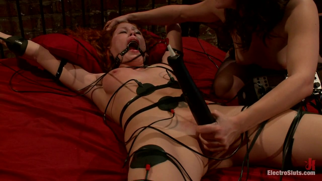 Brooklyn Lee  Bobbi Starr in Fiery Redhead Brooklyn Is Back For Electro Lezdom Bdsm - Electrosluts