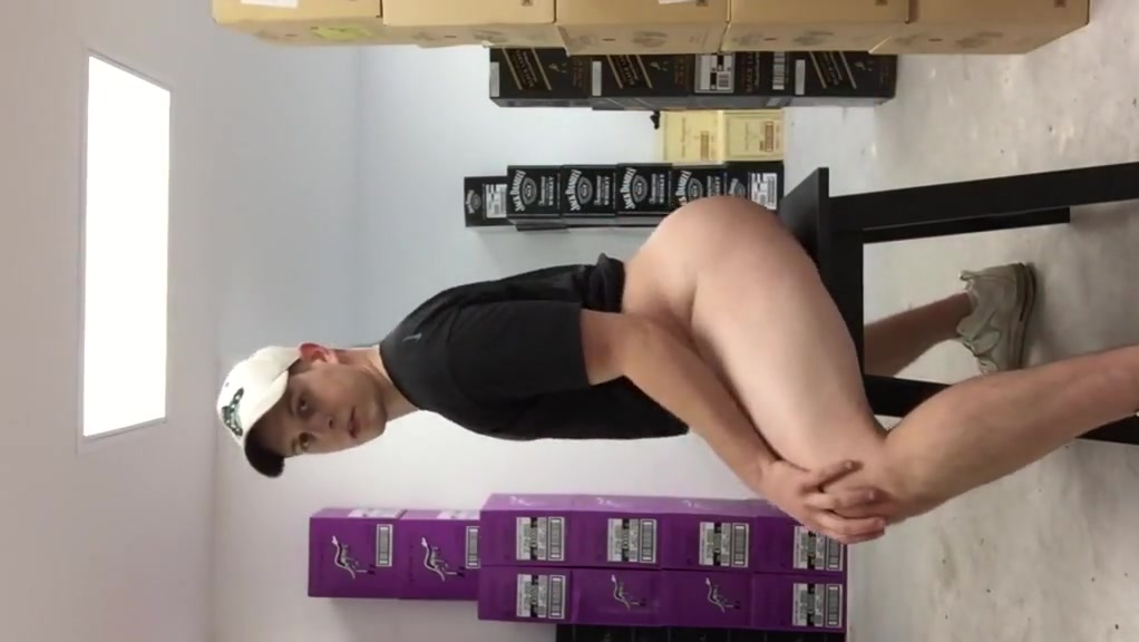 Bubble butt sissy at work again Cum tribute for mature big ass