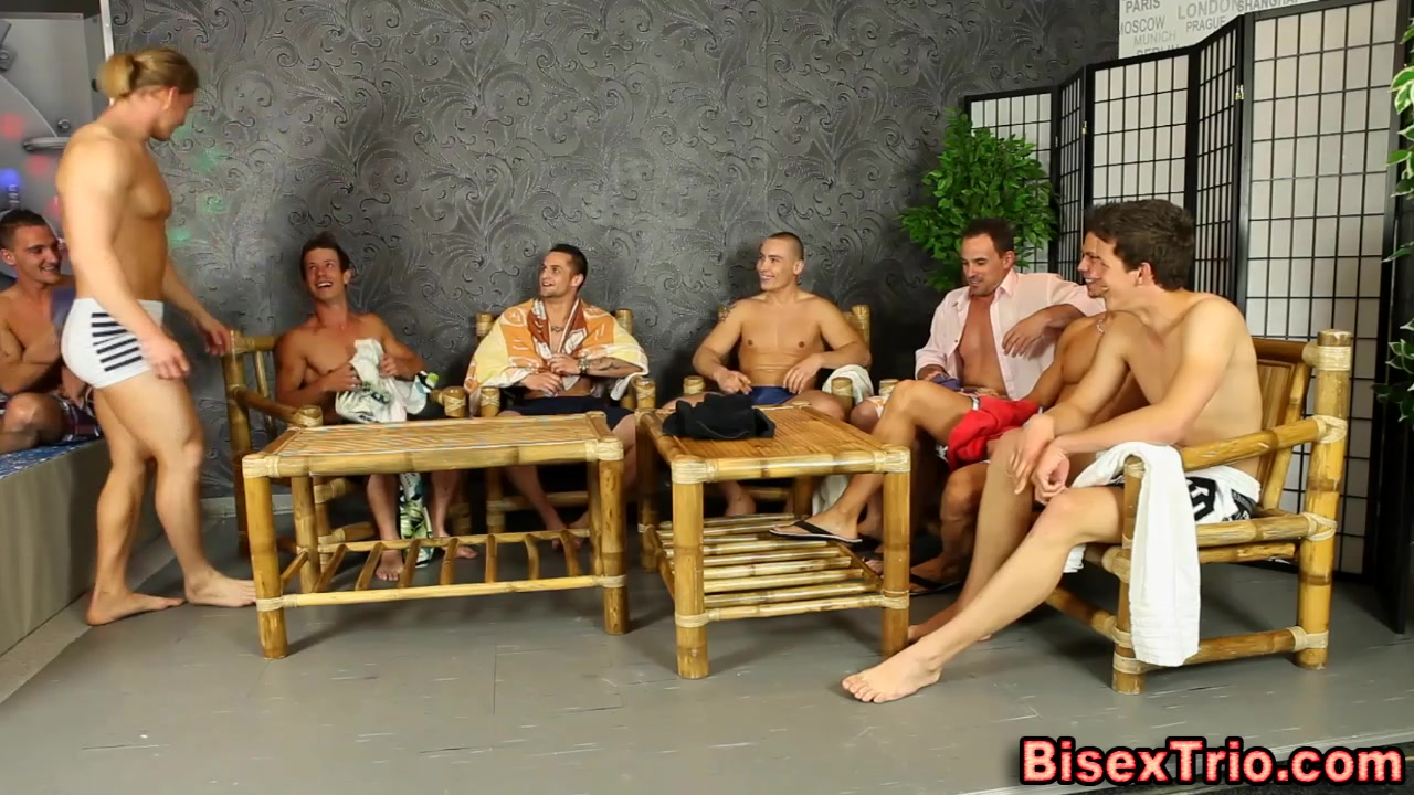 Bisex jocks suck cock Rules of online dating and texting