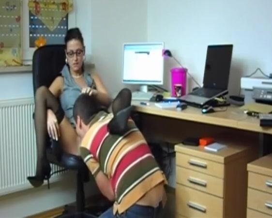 Secretary service Naked couples having group sex