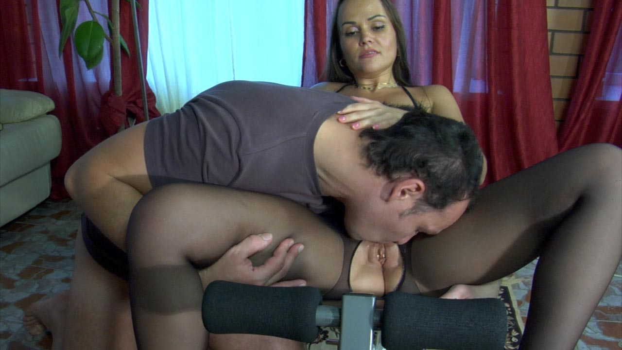 PantyhoseLine Clip: Paula and Marcus the klassy kat phone sex