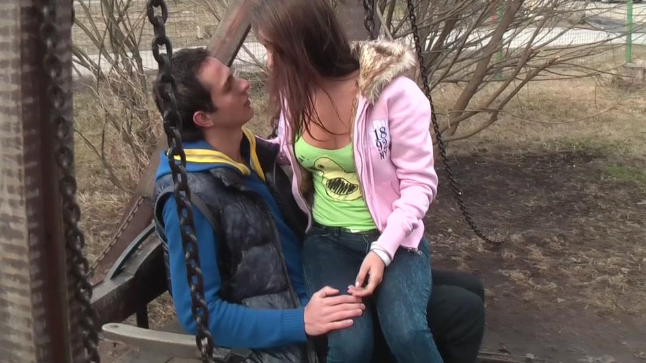 Abbey in sex tape video of a hottie giving beautiful blowjob free drunken sex videos