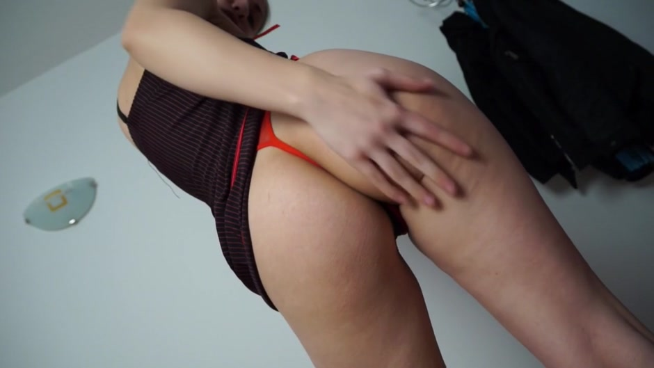 Anka in amateur girl in stockings rides a big dong Asian grade scale