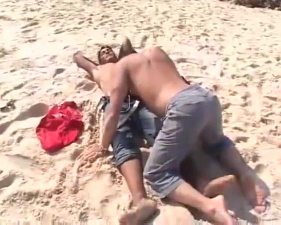 Arab beachboy fucks european on the beach black crack head fucked