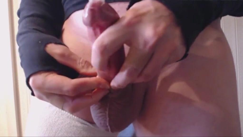 My solo 98 standing throbbing cock cumming in condom Nude men in pain