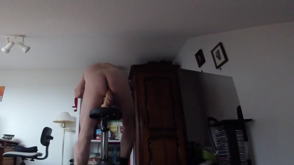 Cyclo god Naked Man To Man Massage