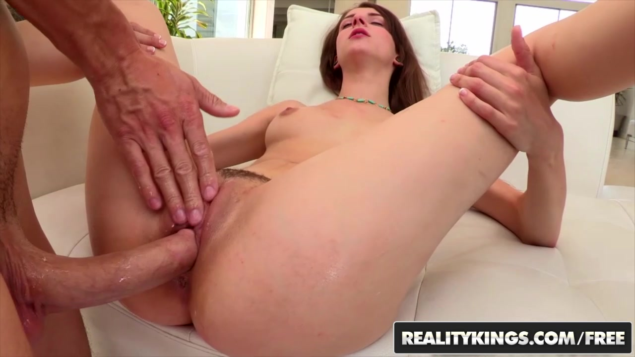 RealityKings - Teens Love Huge Cocks - Chris Strokes Willow Hayes - Pussy Willow Pictures women on all fours