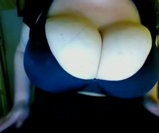 38m boobs Small ass twerking suck cock and facial