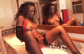 Monique in Pussyman kinky milf club scene 5 Dating on earth x ray accessories