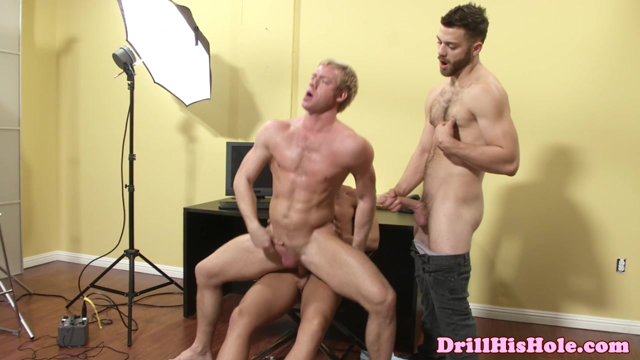 Bottom Rocco Reed spitroasted Famous naked bodies