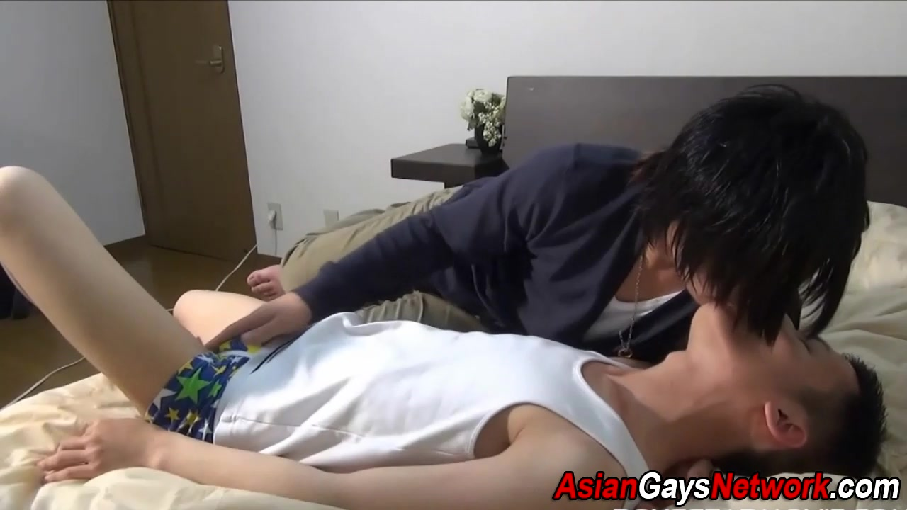 Japanese twink sucks dick How to deal with extreme jealousy in relationship