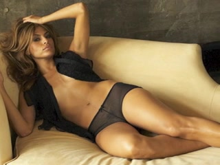 Eva Mendes NUDE! How to make him want you in bed
