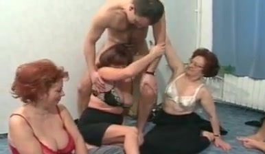 Spectials 55 - spin the bottle Amateur boob floppy housewife