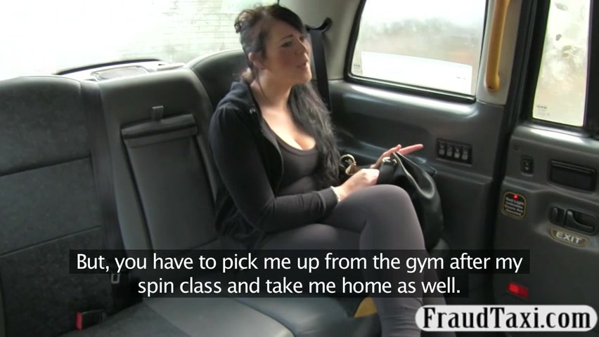 Big tits amateurcustomer sucks and fucked in the backseat Deep eating pussy