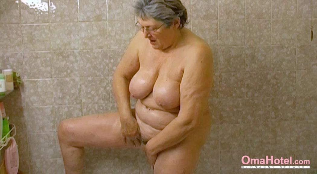 OmaHoteL Horny Grandma Chubby Solo savage 220f camo dick s sporting goods