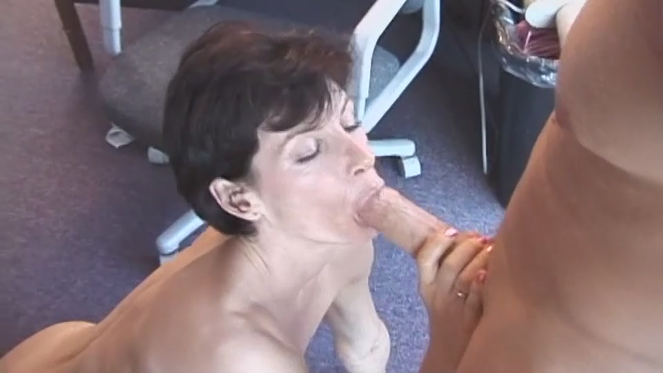 Mature Wife Blowjob Indian