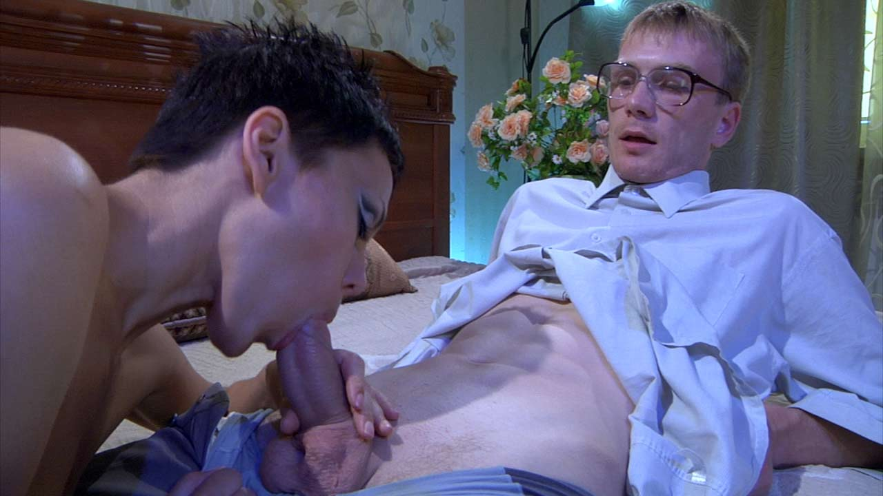 StunningMatures Video: Viola and Hugh Cum covered amature gangbang