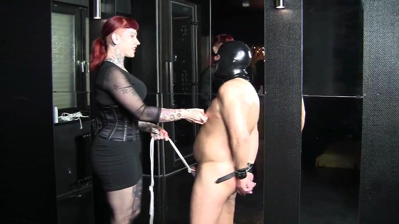 Femdom video with a hot slut punishing a slave Sex Ai Polos Japanese